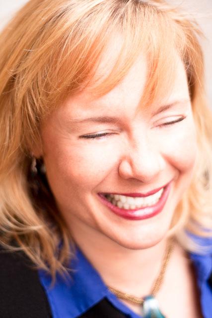 Viveka von Rosen - Mastering Linkedin - Social Buzz U